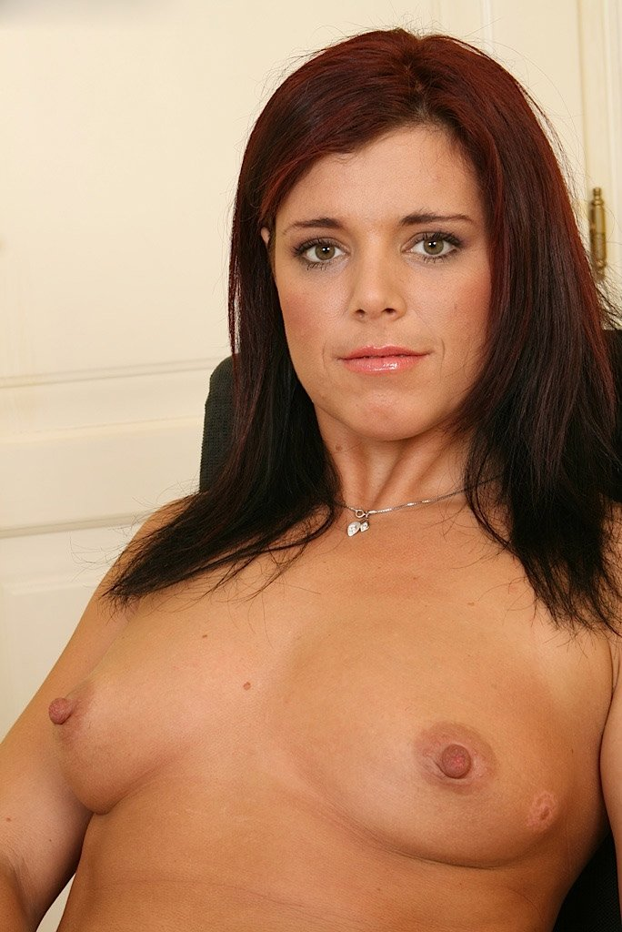 Isabella0378 from City of Edinburgh,United Kingdom